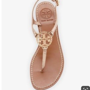 Tory Burch Logo Thong Sandal, Rose Gold size 7